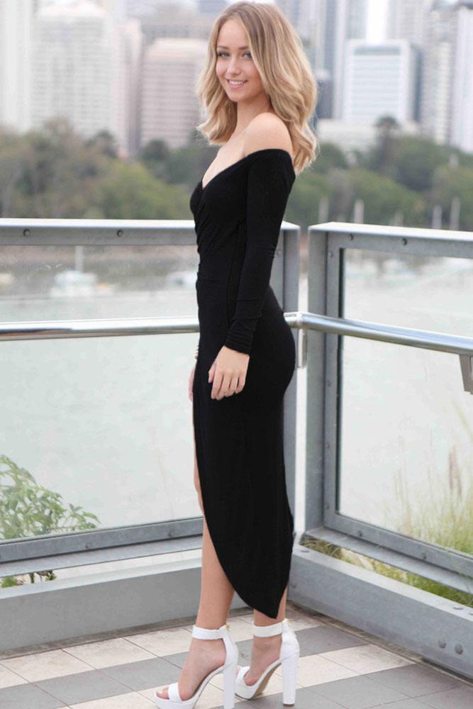 3edc6fb7173 Черное асимметричное платье с открытыми плечами и спущенными рукавами