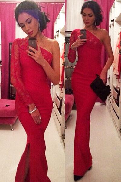 Платье красное с одним рукавом фото