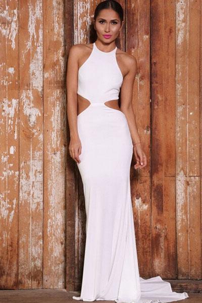 Белое вечернее платье с открытой спиной и шлейфом - купить ... 9f58993c0ec