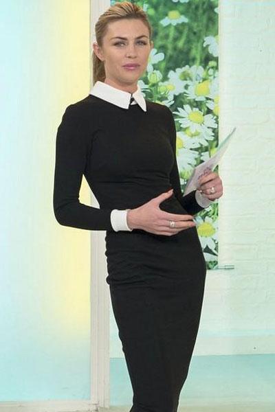 Черное платье с манжетами купить