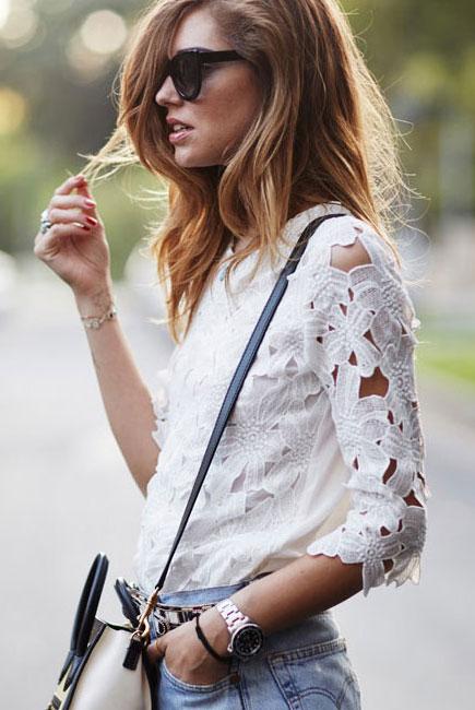 Блузка с кружевными рукавами доставка