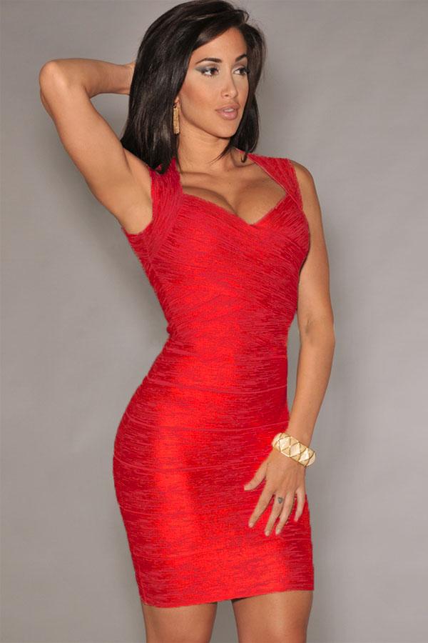 Купить блестящее короткое платье