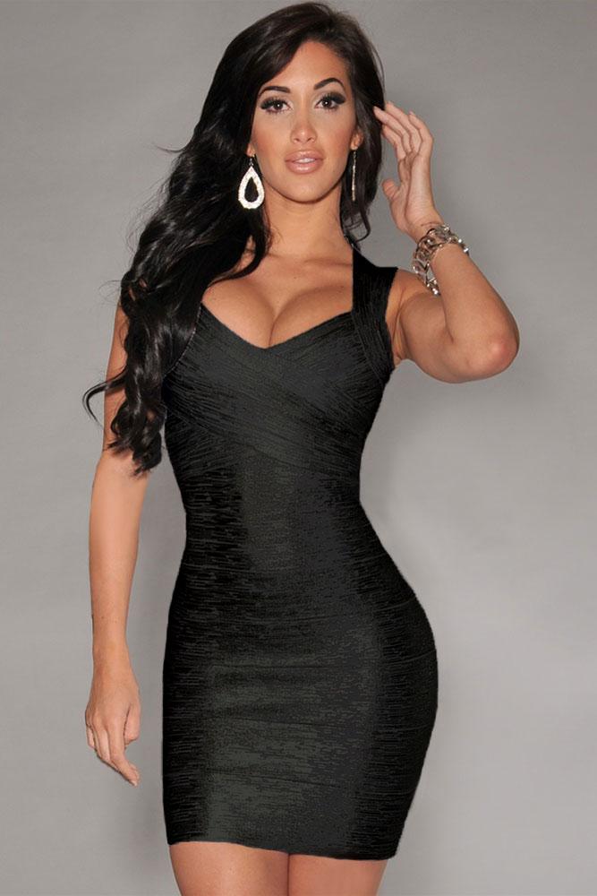 10cef02cf4200f9 Черное блестящее платье с квадратным вырезом на спине - купить в Перми