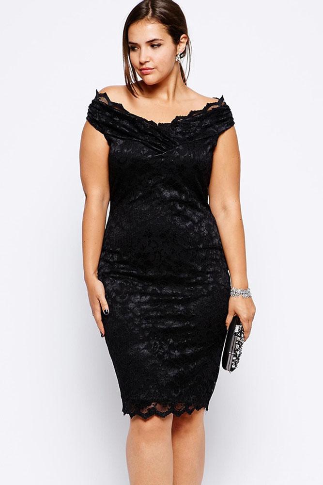 0f8a0975e9a ... итоговая сумма является приблизительной Купить или заказать Черное мини- платье с глубоким вырезом на спине в интернет-магазине на Ярмарке Мастеров