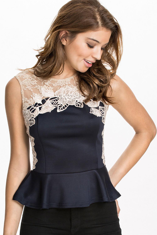 abe78e18ccf Синяя блузка с баской и белым кружевным верхом - купить наложенным ...