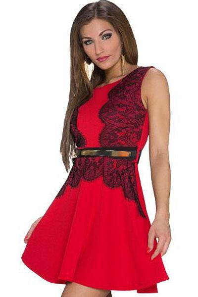 223a8e060b1 Красное платье с черным кружевом и поясом на талии - купить ...
