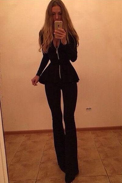 Черные брюки и черная блузка с доставкой