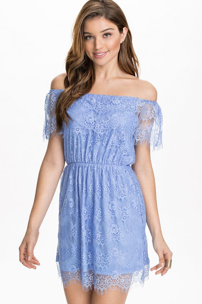 Голубое Платье С Кружевом