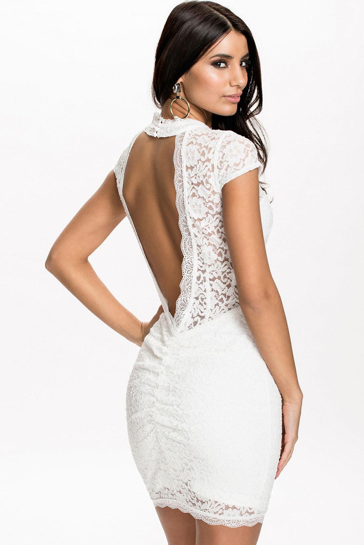 104e9587e36 Белое кружевное мини-платье с открытой спиной - купить наложенным ...