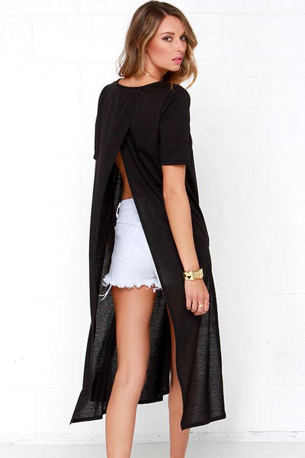 Черное платье с разрезами на спине
