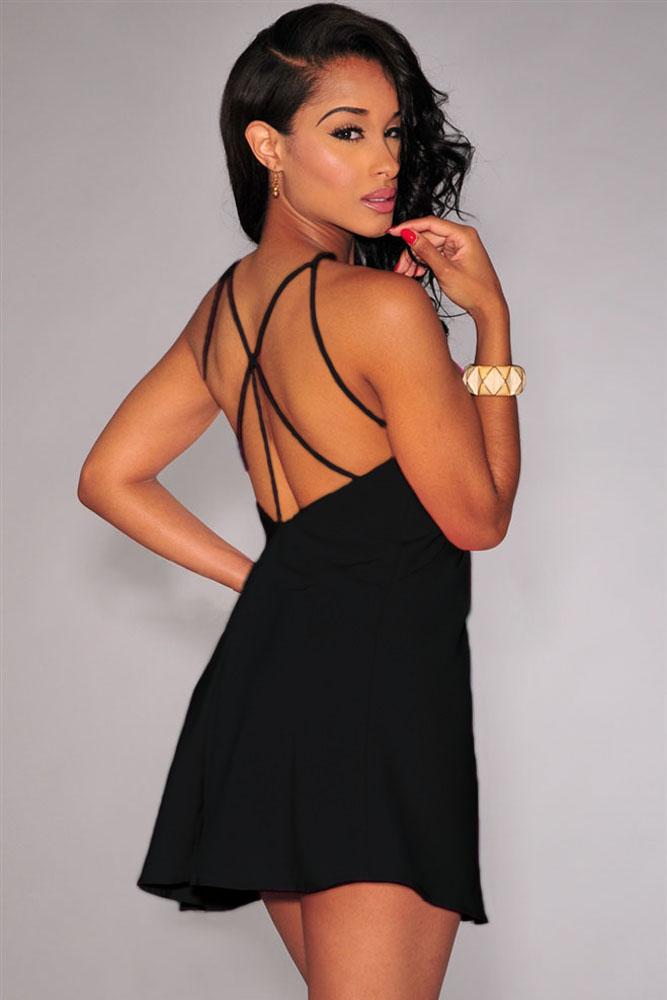 295d88ebde7 Черное мини-платье на тонких бретелях и с открытой спиной - купить ...