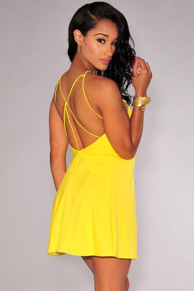 d548ab4bbd6 ... Желтое мини-платье на тонких бретелях и с открытой спиной. img · img img
