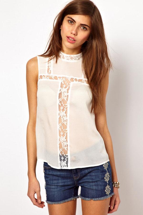 d3367cbefce Белая ассиметричная блузка с кружевными прозрачными вставками ...