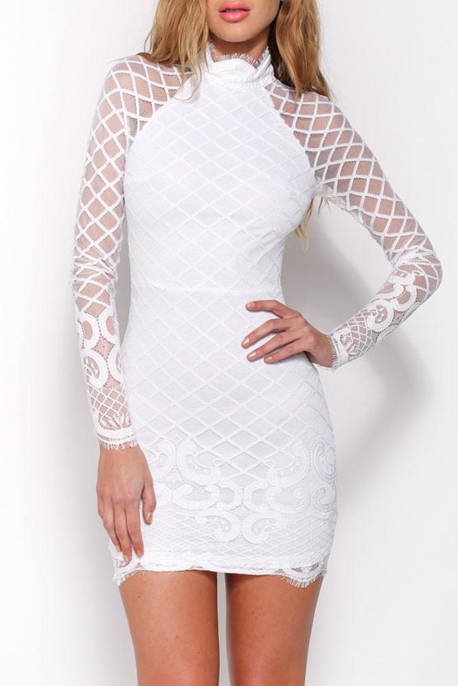 Короткое белое платье с доставкой