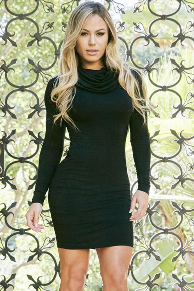 51dc810f306 Черное платье-водолазка мини с воротником  хомут  - купить ...