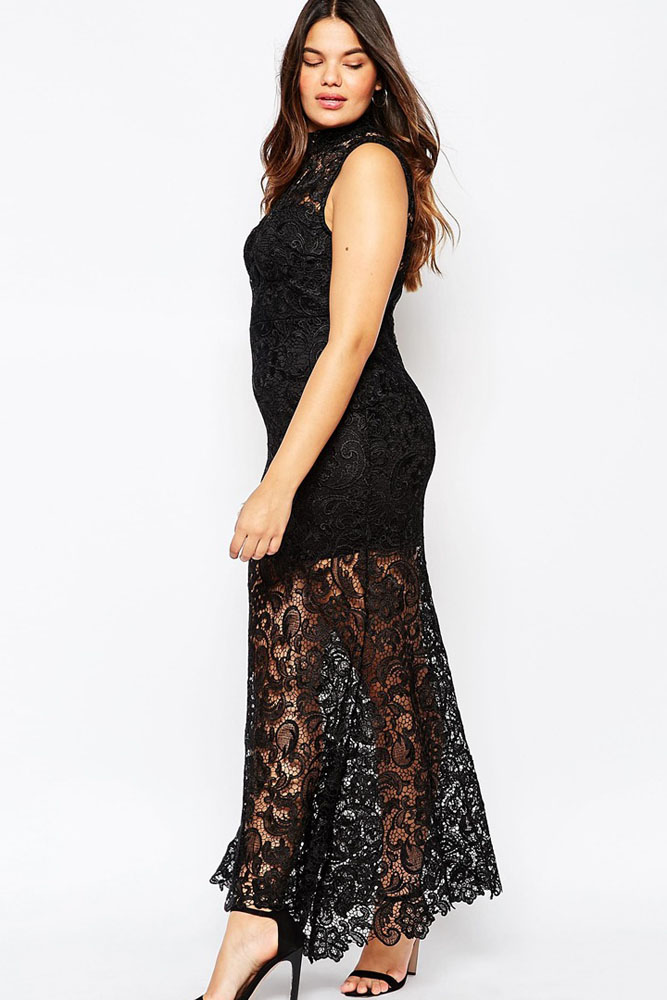 Curvy Sexiness Premium Lace Maxi Dress