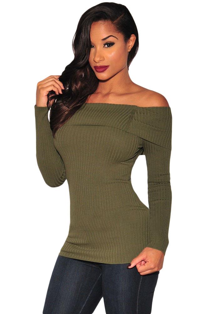 23bc054190f Оливковая блуза из трикотажа- лапши  с длинными рукавами и обнажающим плечи  отворотом - купить наложенным платежом