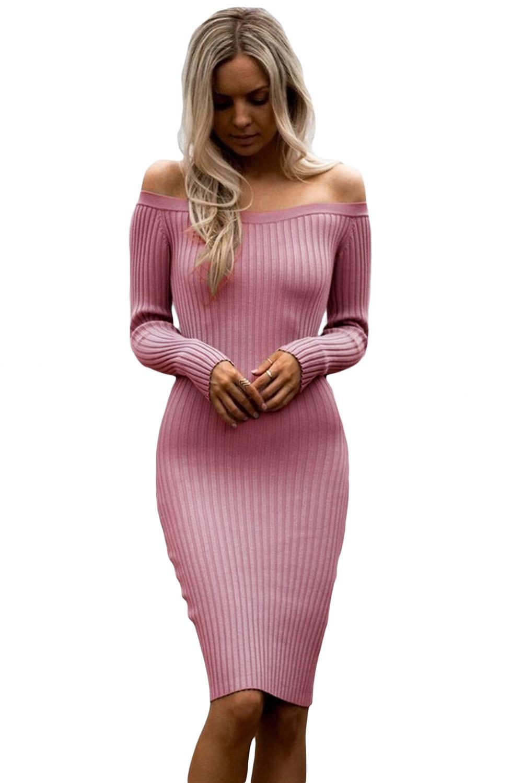 dba558eace9 Розовое платье-футляр с открытыми плечами и длинными рукавами ...