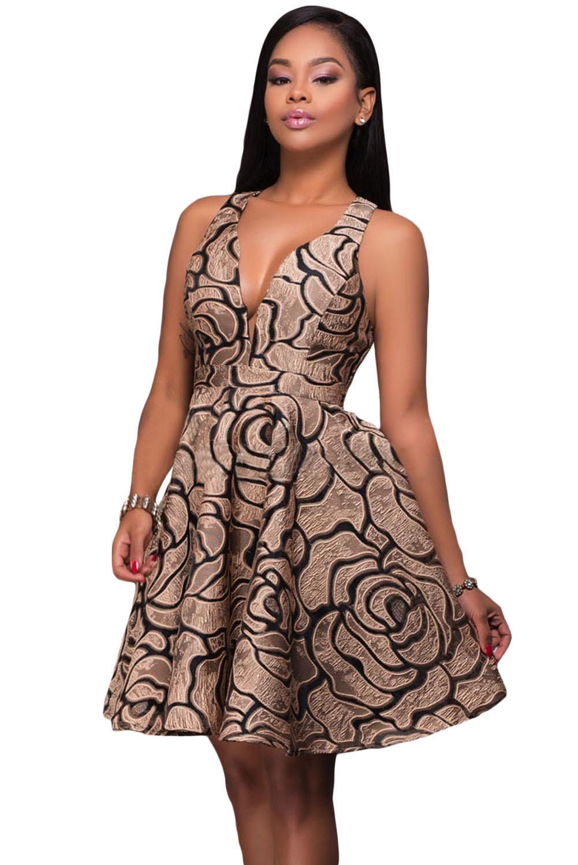 Платье коричневое с пышной юбкой