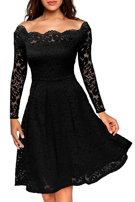 ad535e3eaf6 Черное кружевное платье А-силуэта с открытыми плечами и фигурным декольте