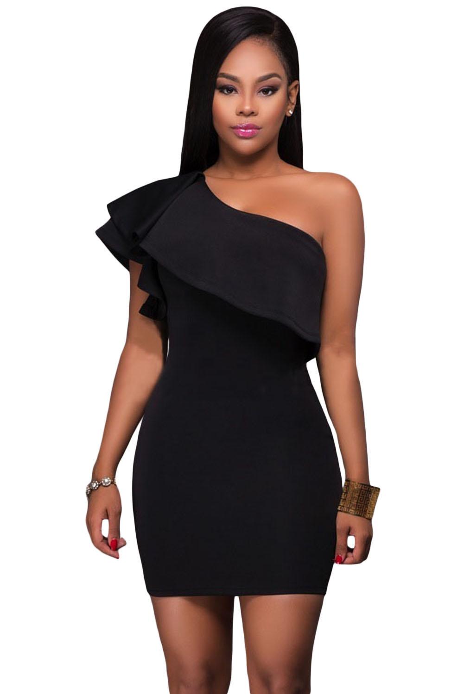 Платье через плечо черное