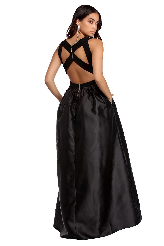 Эротическое фото женщина в вечернем платье спиной, порно зрелая и огромный