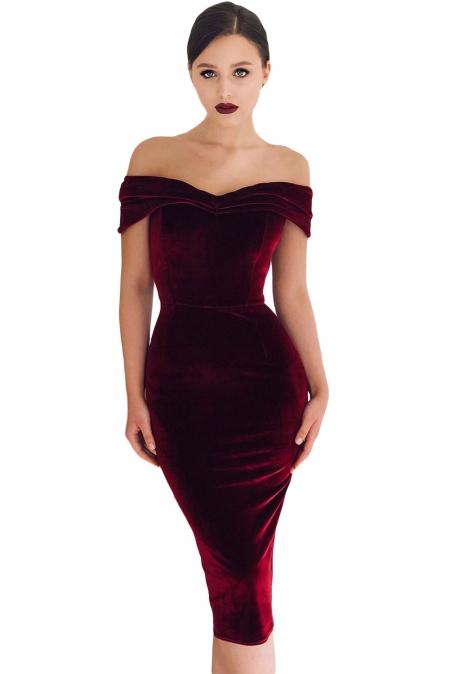 07ffa78a500 Бордовое бархатное платье с открытыми плечами - купить наложенным ...