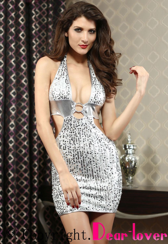 0d549e4a24c Серебристое платье с пайетками и глубоким декольте - купить в ...