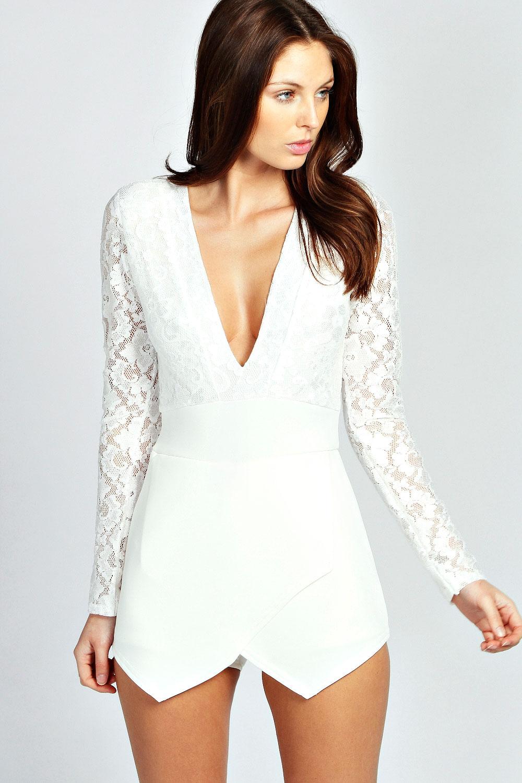 Блузка с глубоким декольте доставка