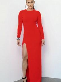 Красные платья с вырезом на ноге