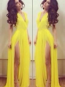 Смотреть Длинное жёлтое платье в пол видео