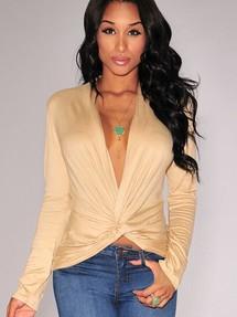 3d93fd9f5a9 Купить коричневые блузки с глубоким декольте недорого наложенным ...