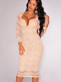 c8561d681f0 Быстрый просмотр · Бежевое кружевное платье длины миди с фигурным декольте