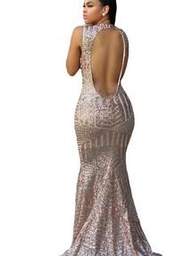 a9dd6d0e3f75071 Купить бежевое вечернее платье с воротом под горло недорого ...