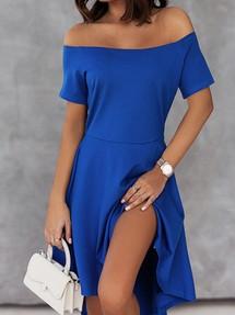 63d132ced1e Доставим послезавтра. Синее платье со спущенными рукавами и удлиненной  сзади пышной юбкой