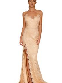 Купить платье со шлейфом недорого наложенным платежом в Интернет ... b4ff589316f